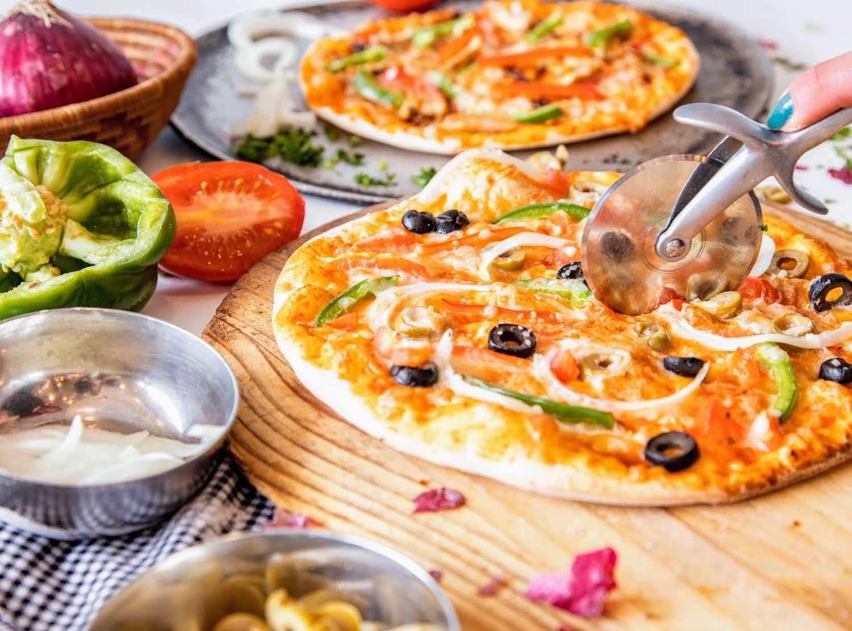 Pizza manakeesh Yafa Café